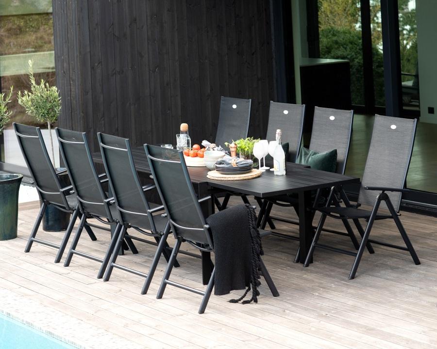 Venezia spisegruppe med uttrekksbord