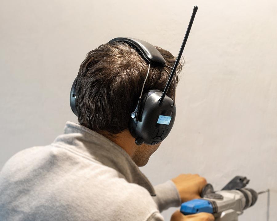 Hørselvern med DAB, FM/AM og bluetooth