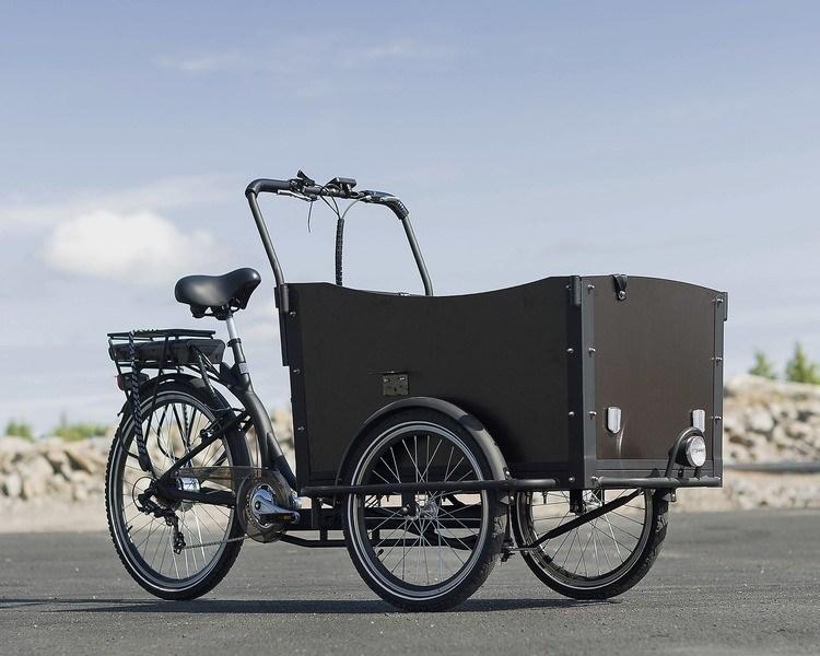 Elektrisk trehjulssykkel med lastevogn